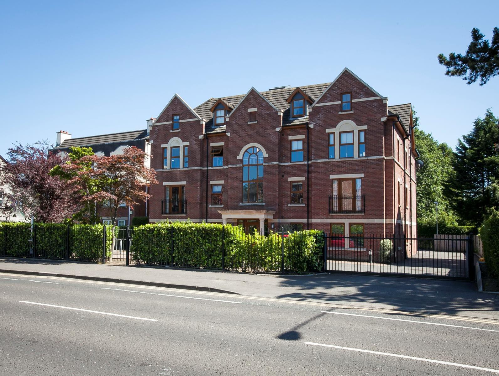 22 Upper Lisburn Road